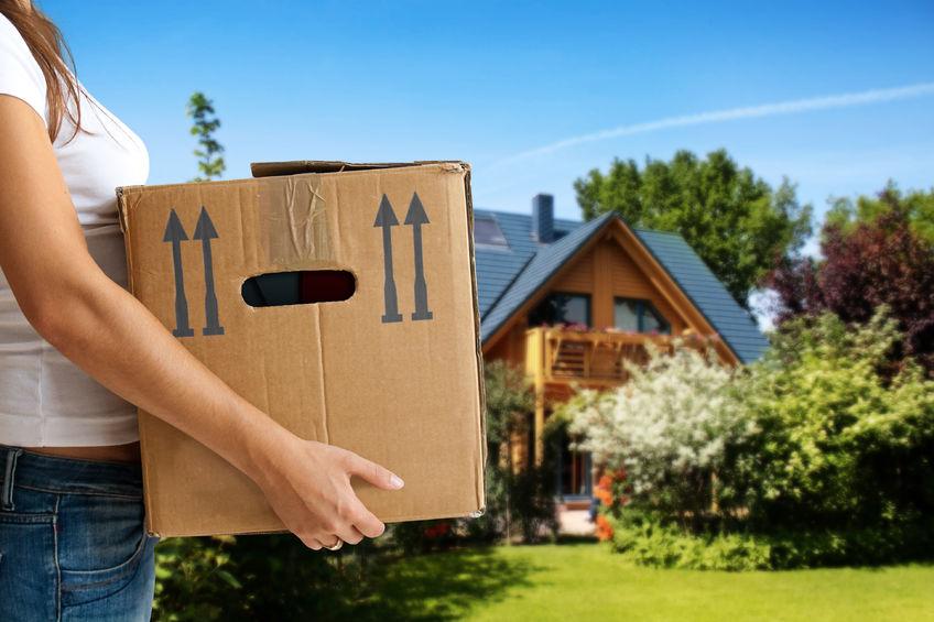 Milyen igényeknek kell, hogy megfeleljen egy költöztető cég a nemzetközi költöztetés során?
